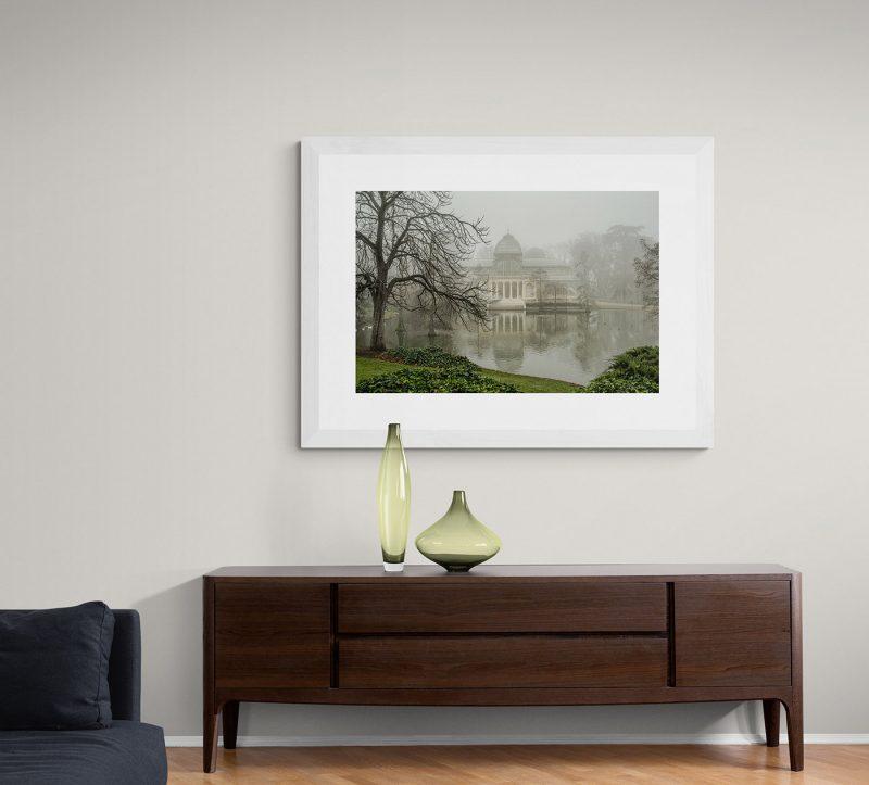 Palacio de Cristal con niebla en el Parque del Retiro en Madrid por Adolfo Gosálvez. Venta de Fotografía de autor en edición limitada. AG Shop