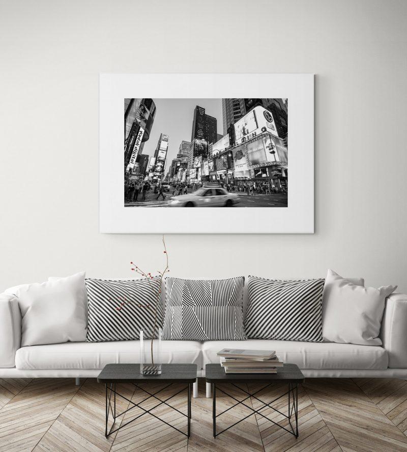 Times Square, Nueva York, blanco y negro por Adolfo Gosálvez. Venta de Fotografía de autor en edición limitada. AG Shop