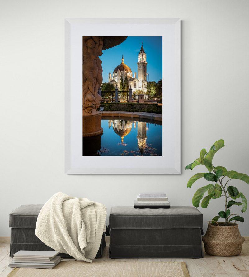 Iglesia de San Manuel y San Benito nocturna, desde la Fuente de las Sirenas en el Parque del Retiro, Madrid, por Adolfo Gosálvez. Venta de Fotografía de autor en edición limitada. AG Shop