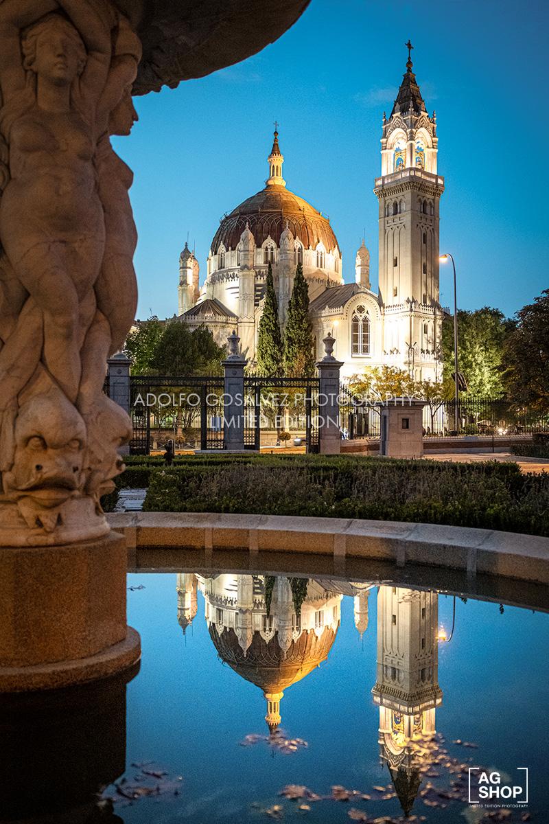 Iglesia de San Manuel y San Benito nocturna, por Adolfo Gosálvez. Venta de Fotografía de autor en edición limitada. AG Shop