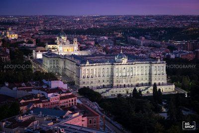 Vista aérea del Palacio Real nocturno en Madrid por Adolfo Gosálvez. Venta de Fotografía de autor en edición limitada. AG Shop