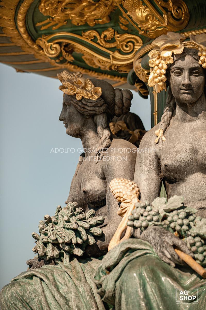 Fuente de los Mares en la Plaza de la Concordia en París, por Adolfo Gosálvez. Venta de Fotografía de autor en edición limitada. AG Shop