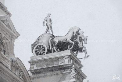 Filomena. Madrid Nevado. Cuadrigas Calle Alcalá por Adolfo Gosálvez. Venta de Fotografía de autor en edición limitada. AG Shop