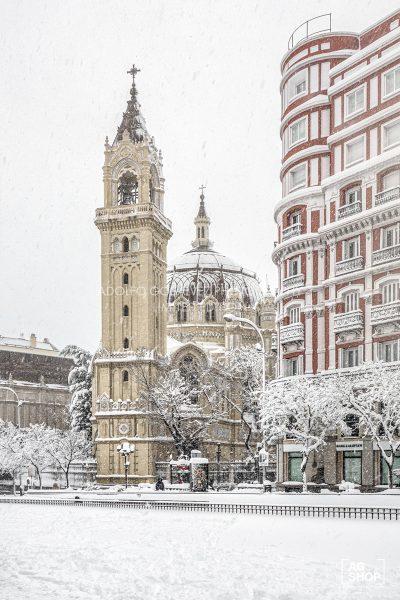 Filomena. Madrid Nevado. Iglesia de San Manuel y San Benito por Adolfo Gosálvez. Venta de Fotografía de autor en edición limitada. AG Shop