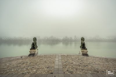 Retiro con niebla, Monumento a Alfonso XII por Adolfo Gosálvez. Venta de Fotografía de autor en edición limitada. AG Shop