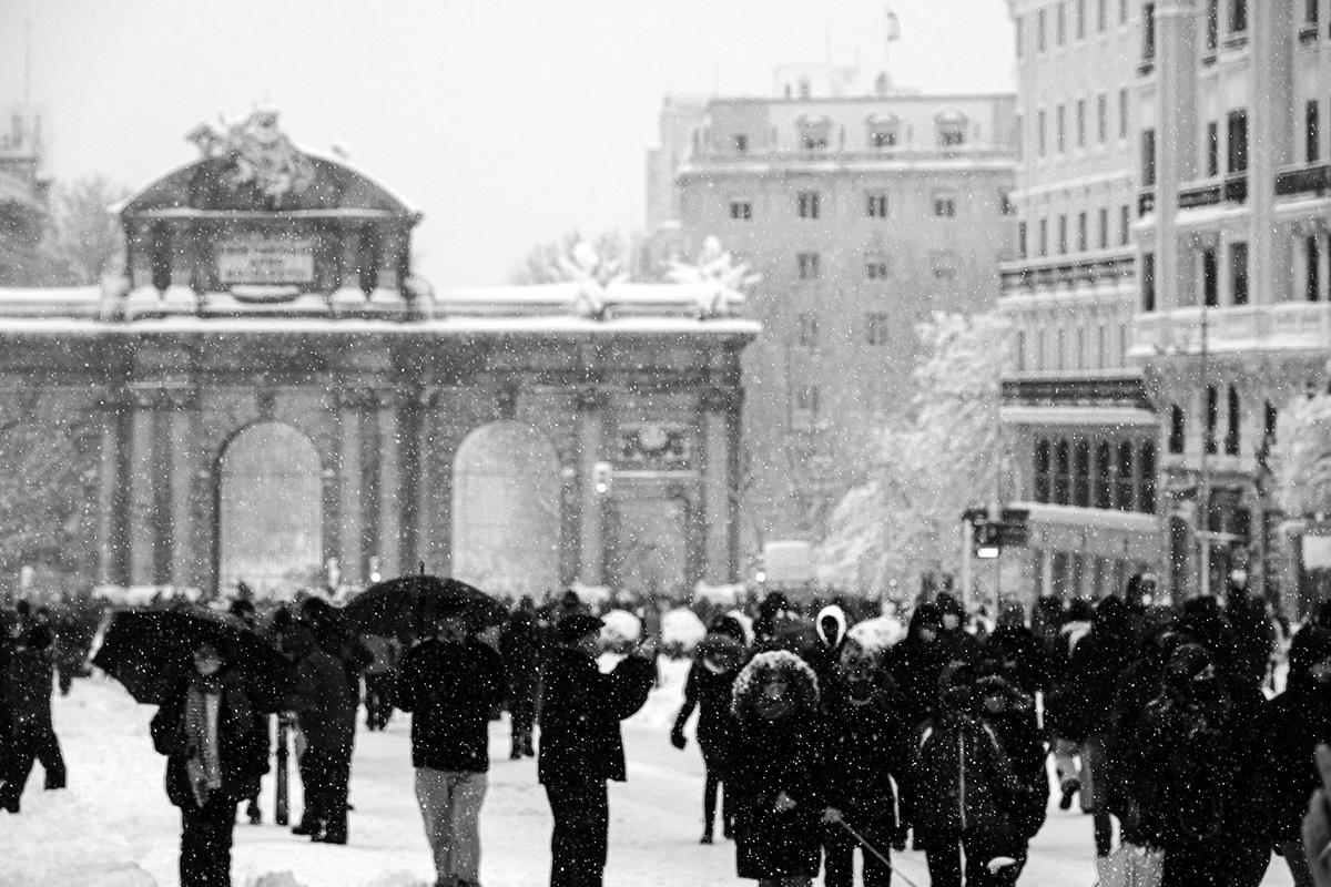 Filomena. Madrid Nevado. Puerta de Alcalá por el fotógrafo Adolfo Gosálvez. Venta de Fotografía de autor en edición limitada. AG Shop